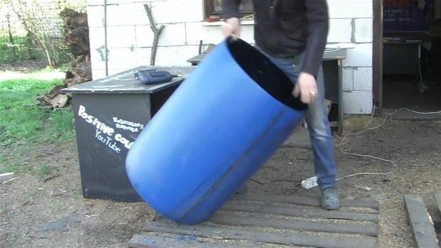 Plastik varille bakın ne yaptı