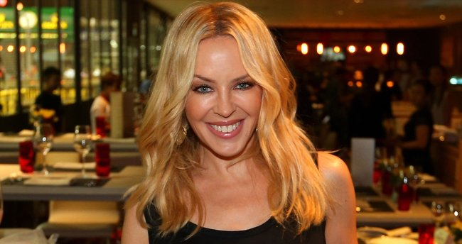 Kylie Minogue'ye ne oldu?