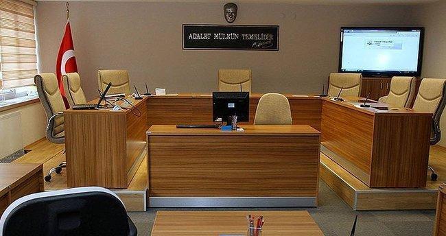 Uşak'ta 8 kişi FETÖ'den tutuklandı