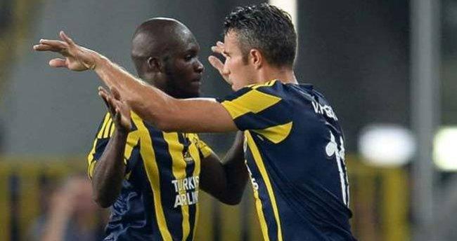 Fenerbahçe, Beşiktaş'ı Van Persie ve Sow ile devirmeyi planlıyor