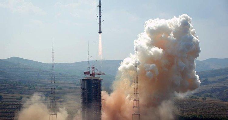 Pakistan'ın ilk Uzaktan Algılama Uydusu uzaya başarıyla fırlatıldı