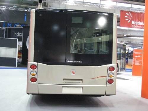 İstanbul'a yerli metrobüs