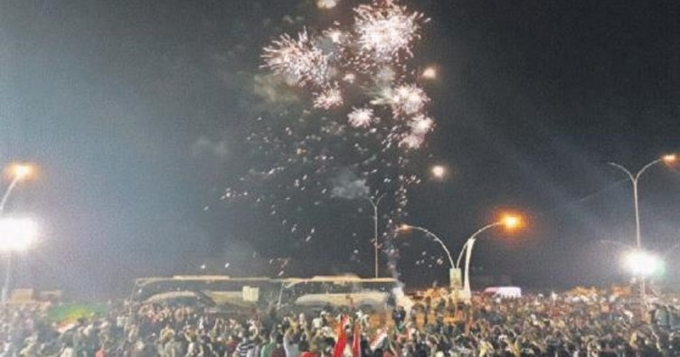 Iraklılar Musul'u kutluyor