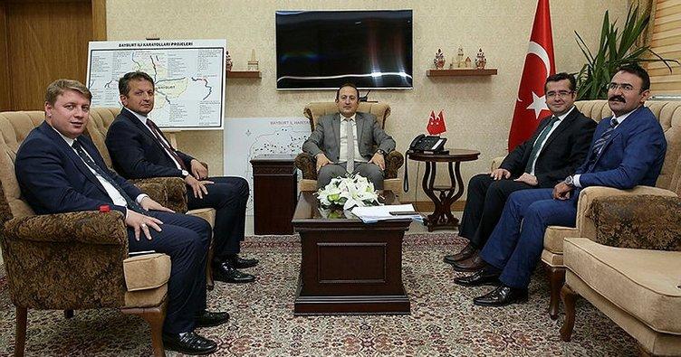 Vali Pehlivan, Trabzon ile Gümüşhane'den ziyaretçilerini ağırladı