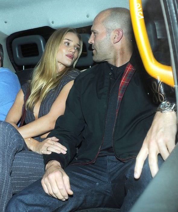 İngiliz model Rosie Huntington Whiteley'in evlilik isyanı