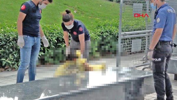 Son dakika haberi... İstanbul Taksim'de çıplak kadın şoku! Polis çırılçıplak kadına poşetle... | Video