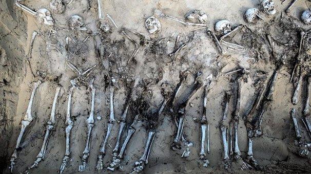 Toplu mezar keşfedildi! Çığlık atan Rus askerleri...