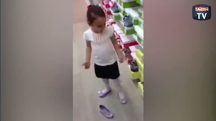 Ayakkabı almayan babaya trip küçük kızından