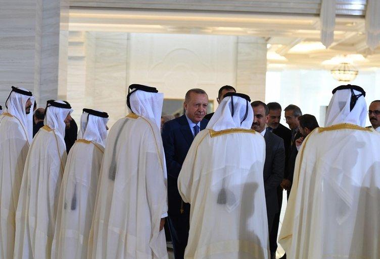 Başkan Erdoğan Katar'a indi! İşte Erdoğan'a yapılan karşılamadan görüntüler