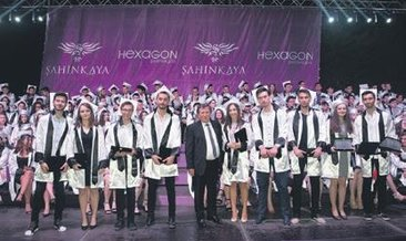Şahinkaya'da mezuniyet gururu