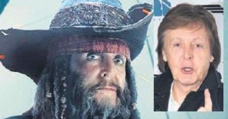 Paul McCartney korsanlara katıldı