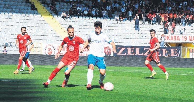 Ankara Demirspor finale yükseldi