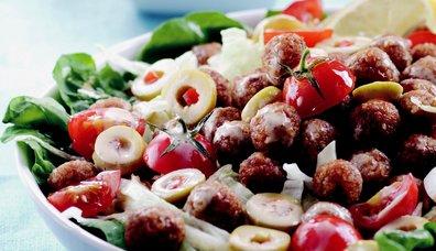 Bulgur Köfteli Salata
