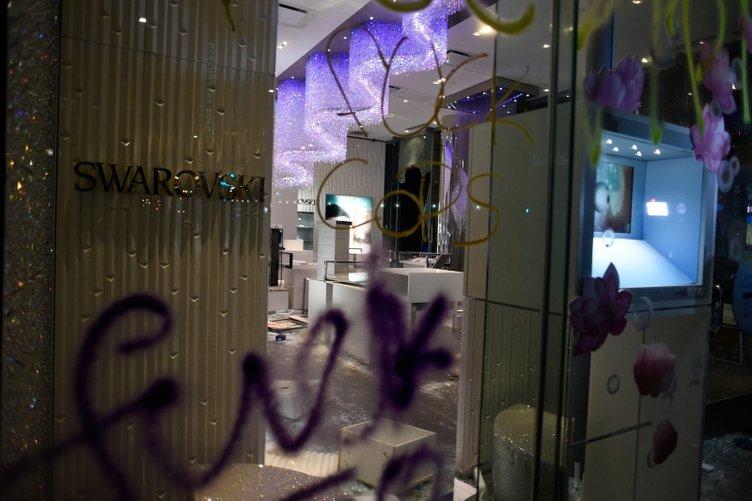 Son dakika... ABD'den endişelendiren haberler gelmeye devam ediyor: Protestocular dükkan sahibini linç etti