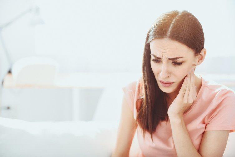 Dikkat! Bu karışım diş ağrısını anında geçiriyor...