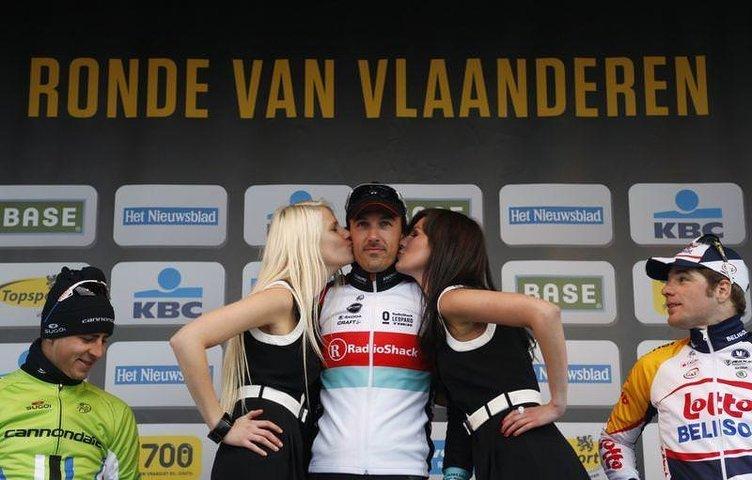 Ünlü bisikletçi Peter Sagan'dan hostese taciz