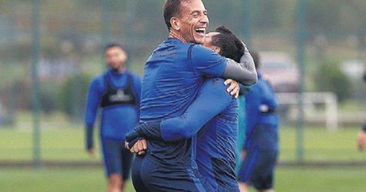 Pereira dönüyor