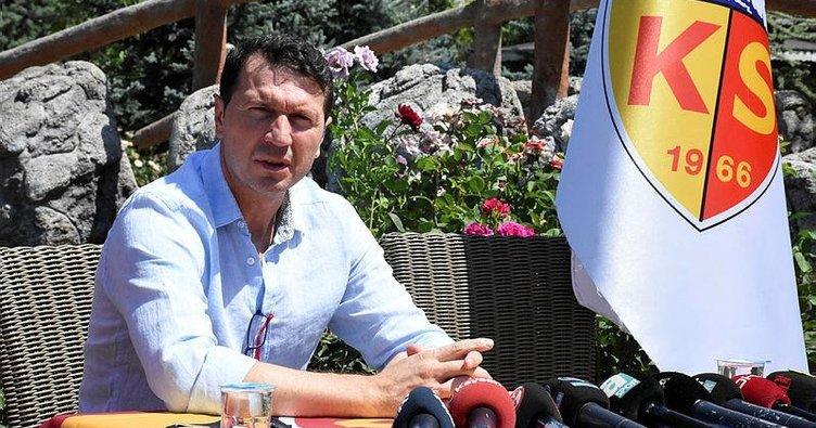 Bayram Bektaş'tan Kayserispor'a imza