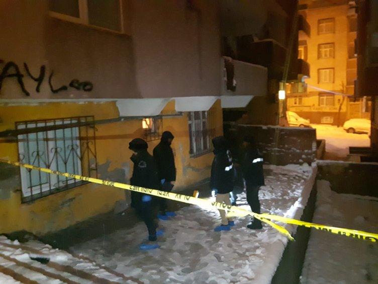Sultangazi'de 7 kişilik ailenin yaşadığı evi basıp 1 kişiyi öldürdüler!