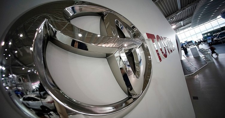 Toyota 1 milyon aracını geri çağırmaya hazırlanıyor