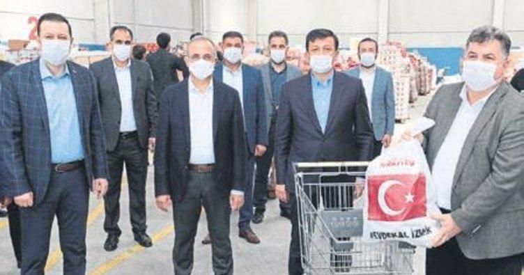 AK Parti İzmir'den rekor yardım kolisi