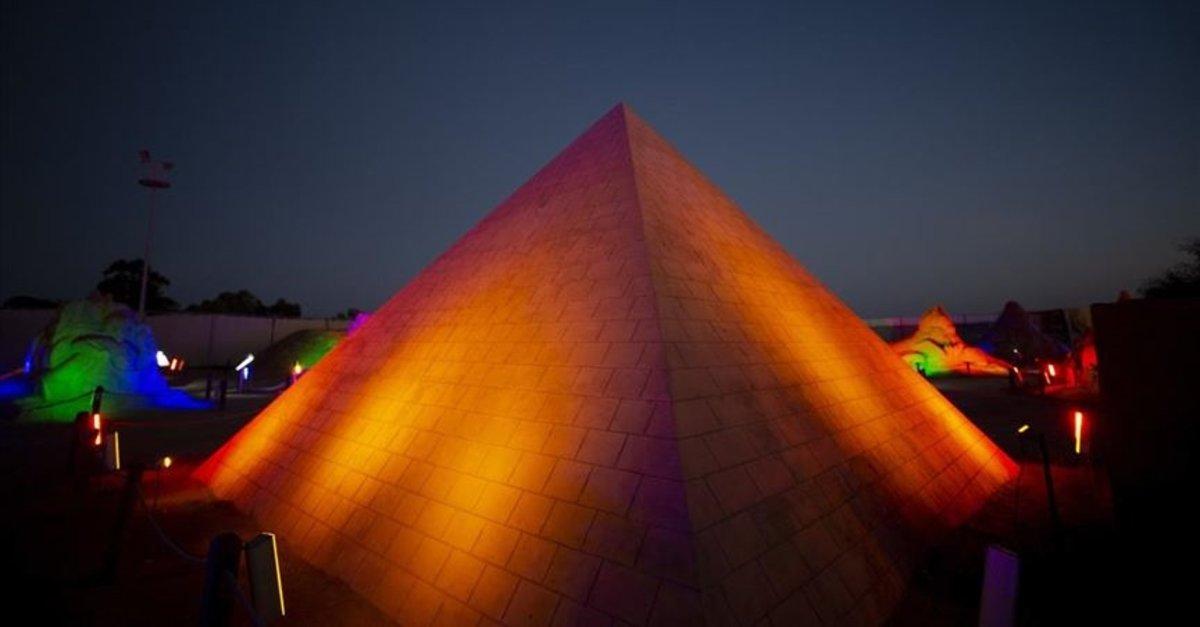 Kumdan Keops Piramidi Guinness'e aday