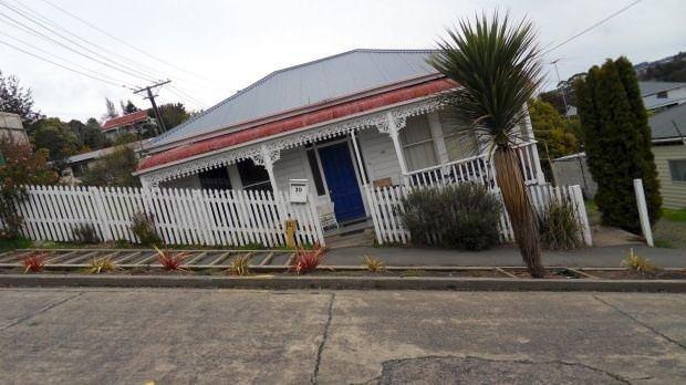 Yeni Zelanda'daki yamuk evler