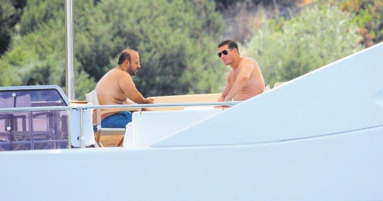 Teknede tavla turnuvası yaptılar