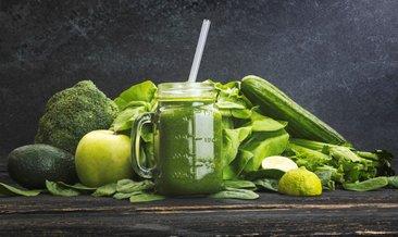 Menopoz döneminde brokoli ve kereviz tüketmek dişleri koruyor