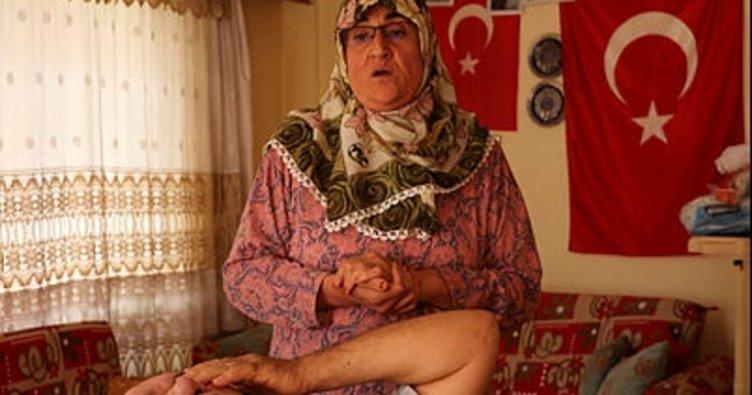 Gülsüm anne, Umut'tan sonra felçli eski eşinin de bakımını üstlendi