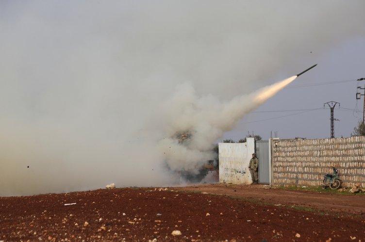 İdlib'ten SON DAKİKA - Muhaliflerin başlattığı İdlib operasyonundan ilk görüntüler geldi!