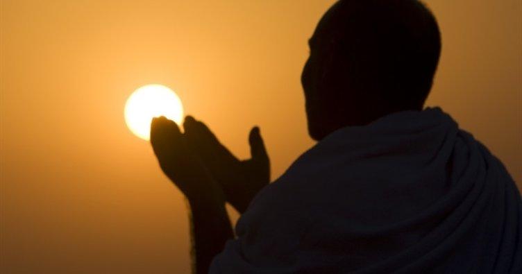 Arefe günü duaları... Arefe günü hangi dualar edilir? Arefe günü kılınacak namazlar