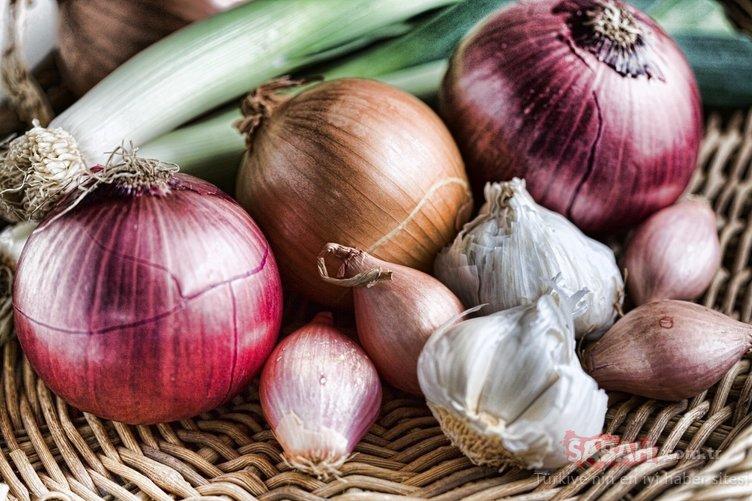 Kanser, eklem ağrıları, diyabet... 21 günde vücudu temizleyen soğan sarımsak kürü