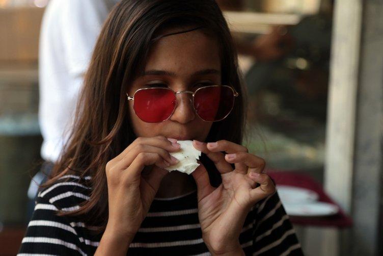 Dondurma yemek için Kahramanmaraş'a akın ediyorlar