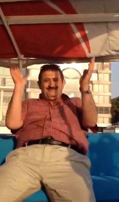 Gri listede aranan FETÖ'cü hainler Mısır'da tekne gezisinde!