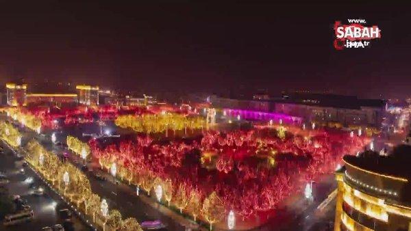 Çin'de Fener Festivali renkli görüntüler oluşturdu | Video