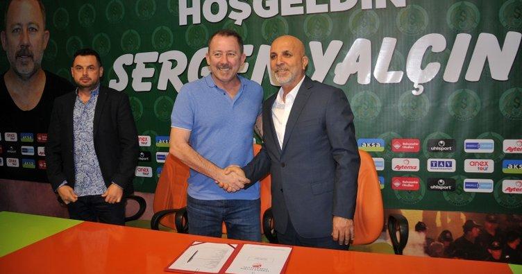 Aytemiz Alanyaspor'da Sergen Yalçın imzayı attı
