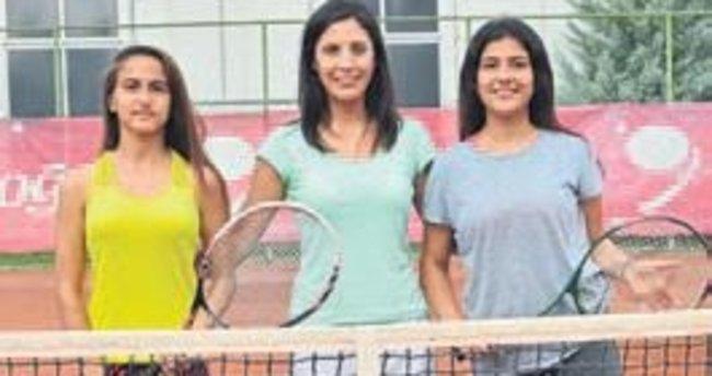 Tenis turnuvası ilgi gördü