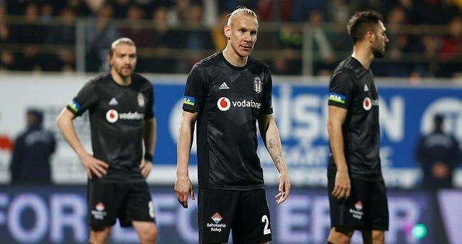 Beşiktaş'ta indirimi kabul etmeyen 5 futbolcu için karar verildi!