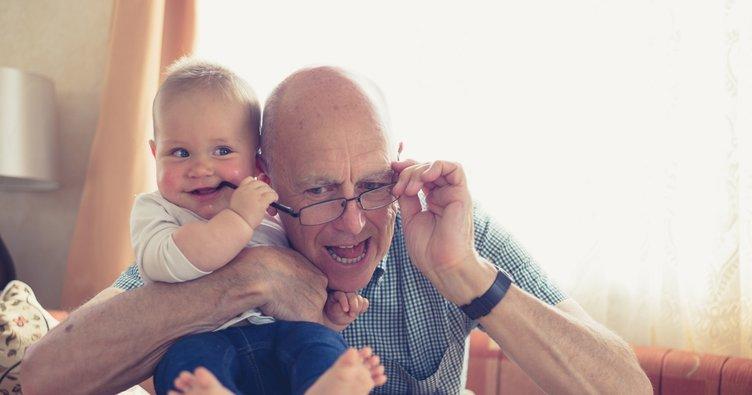 Bebeğinizin 5. ay gelişimi: Onun için her şey diş kaşıyıcı...
