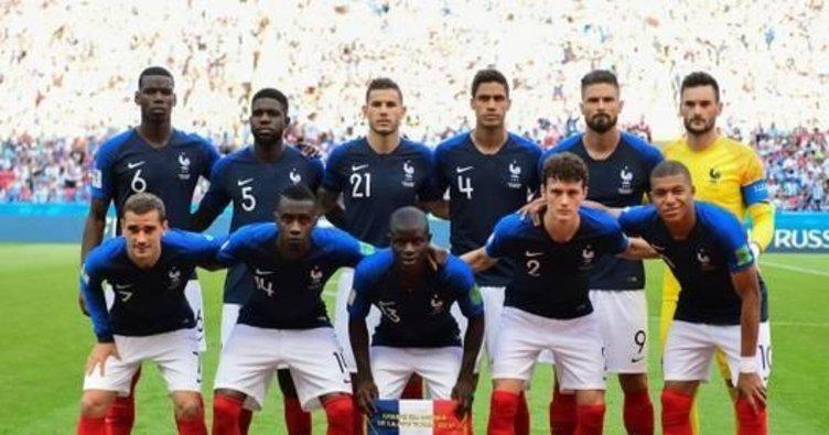 Fransa Milli Takımı oyuncusu madalyasını 71 bin dolara sattı