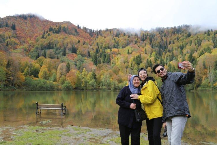 Borçka Karagöl'ün muhteşem sonbahar güzelliği