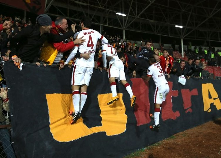 Gaziantepspor - Galatasaray maçının fotoğrafları