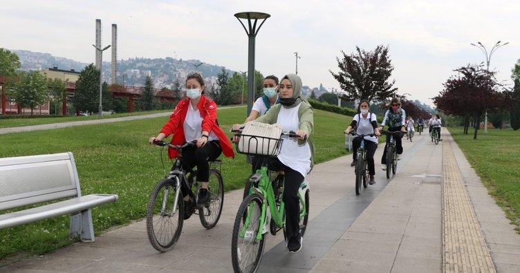 Temiz çevre ve sağlıklı yaşam için pedal çevirdiler