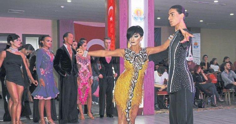 Adana'da dans şöleni başlıyor