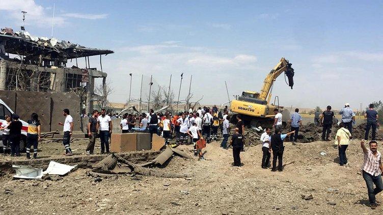 Diyarbakır'da patlama oldu!
