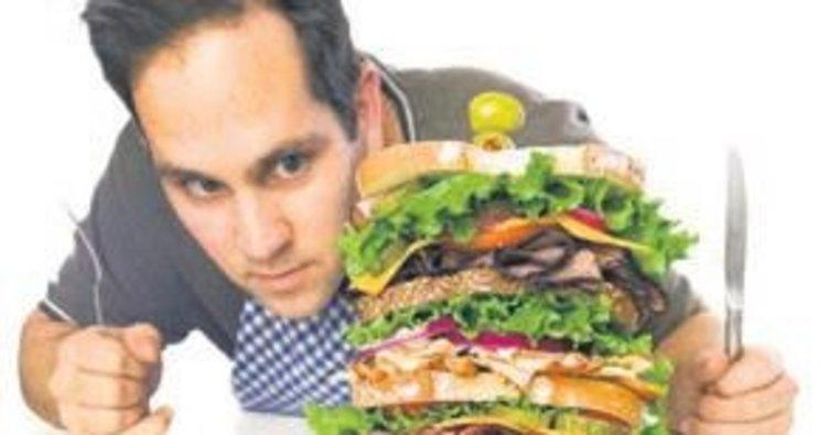 Fast-food'a yakın oturan kişide kalp riski yüksek