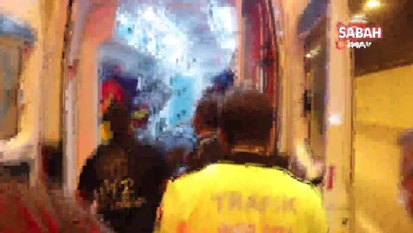 1 kişinin yaralandığı kaza TEM'i kilitledi | Video