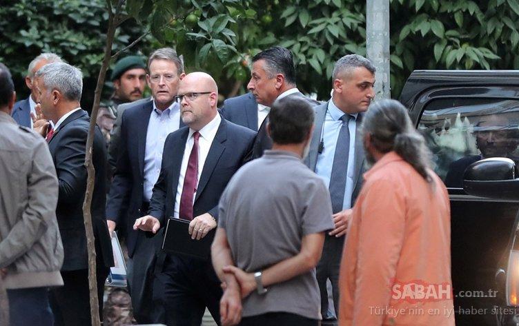 Rahip Brunson'a mahkeme öncesi kritik ziyaret