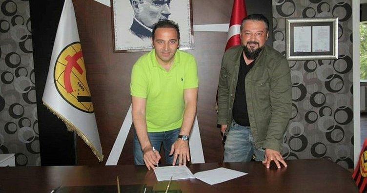 Eskişehirspor, Fuat Çapa ile yeni sözleşme imzaladı